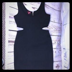 💜 NWOT! ✨ Bongo Bodycon little black Cutout Dress